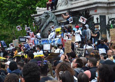 Manif Adama Traoré VS Manif pour la France : le 2 poids 2 mesures accablant !